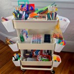 Ordnung im Spielzimmer: Bastelwagen für Kinder