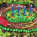 Rennbahnkuchen (Autokuchen) für den Kindergeburtstag