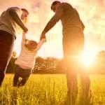 Buchempfehlung: Spielen schafft Nähe – Nähe löst Konflikte