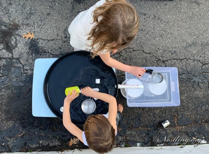 Wassertisch-Kinder